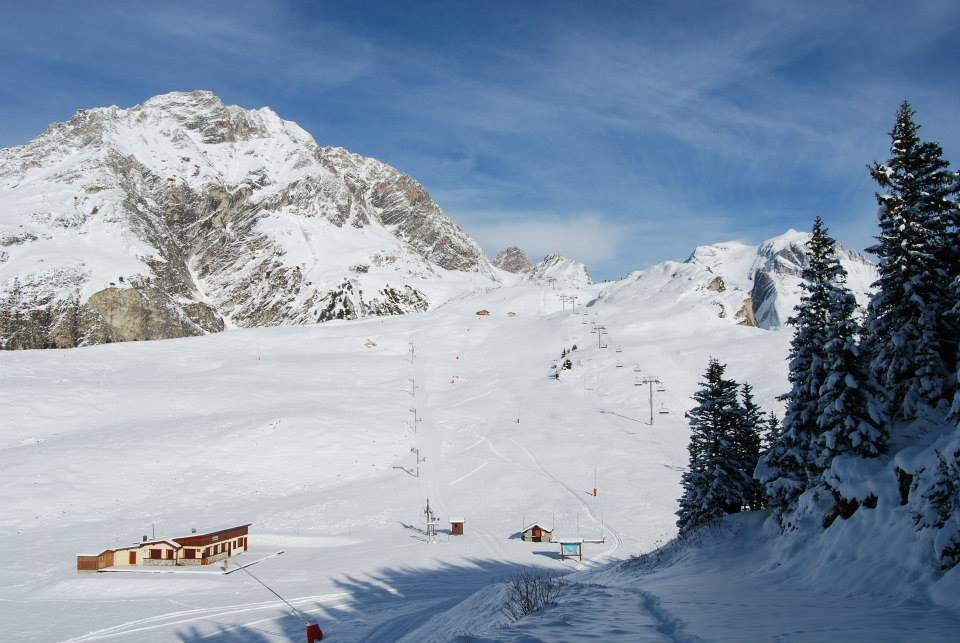Seul, sur le domaine skiable de Pralognan la Vanoise - © Office de Tourisme de Pralognan la Vanoise