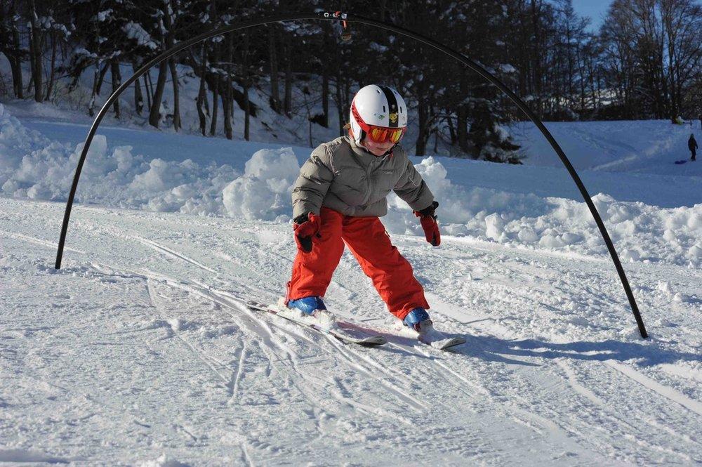 Premières glisses sur les pistes de ski de Montmin-Col de la Forclaz - © Station de Montmin-Col de la Forclaz