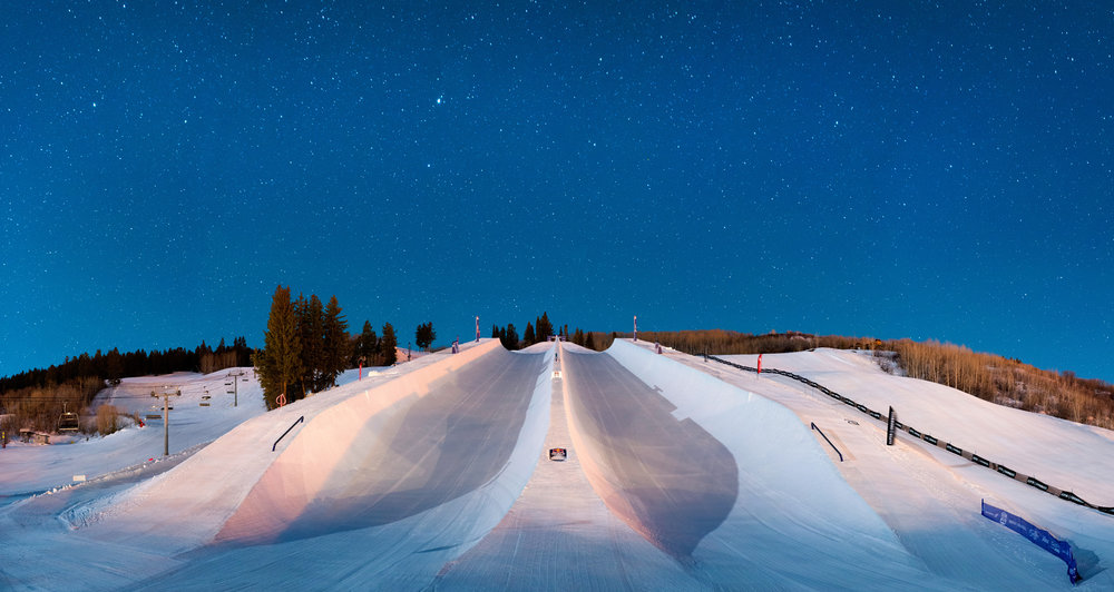 Red Bull Super Doublepipe at night. - © Daniel Bayer