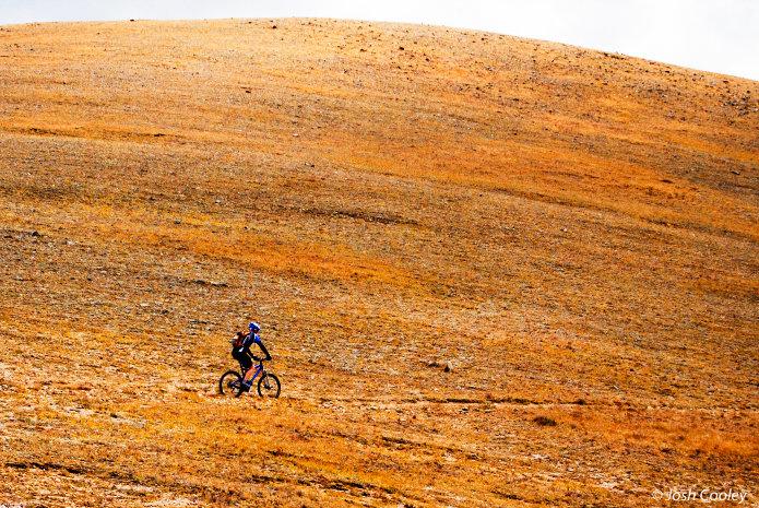 Rider Kris Plemmons, Monarch Crest Trail Section. - © Josh Cooley