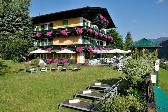 eva,garden Hotel