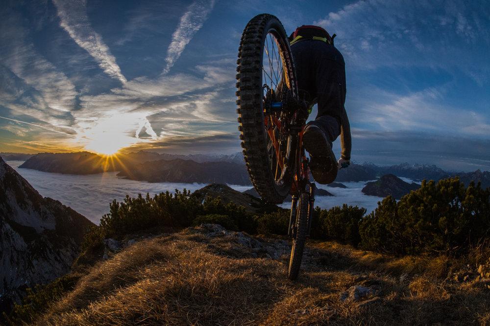 Sunrise Bikeride - © VAUDE Visions | Max Sebastian Rasp