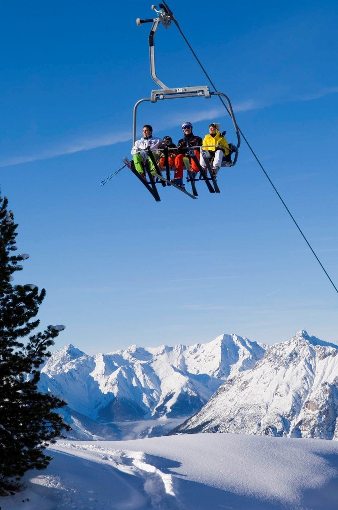 Bester Ausblick, bei bestem Wetter! - © Bergbahnen Hochoetz