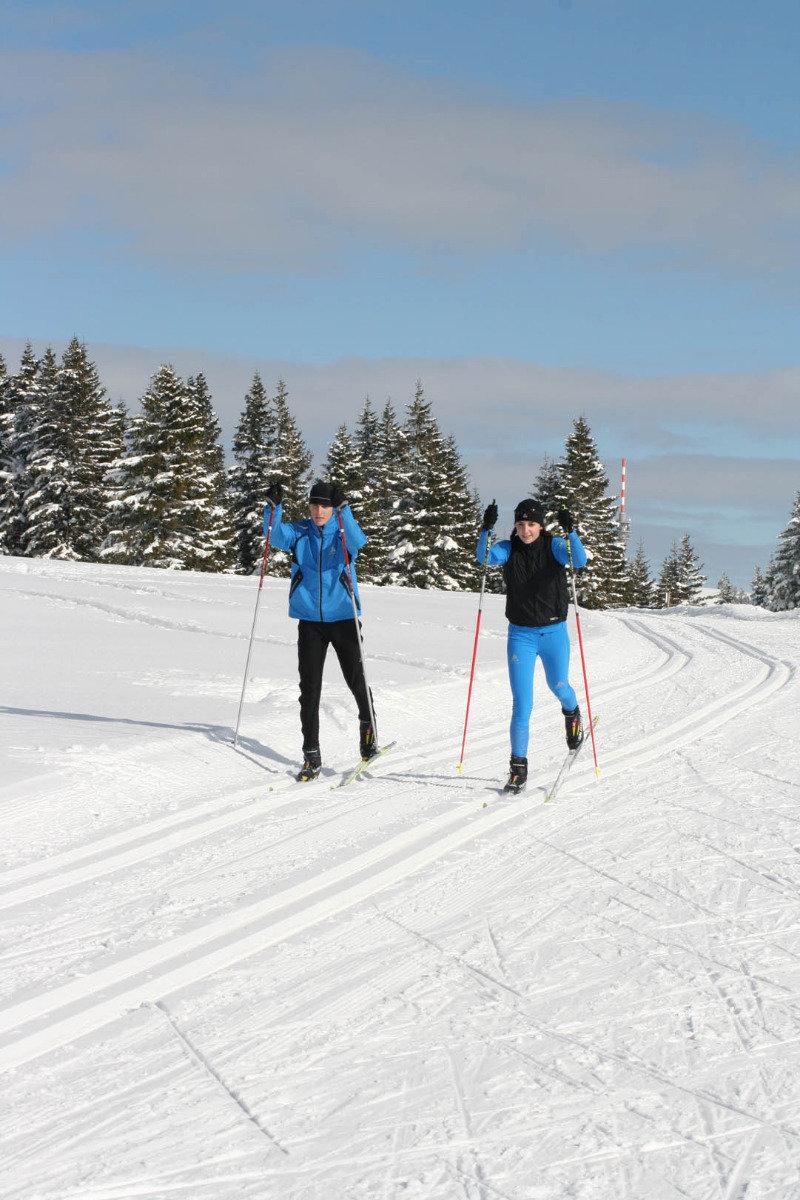 Das Skigebiet Schwarzwaldregion Belchen-Münstertal bietet sich auch gut zum Langlaufen an - © Schwarzwaldregion Belchen