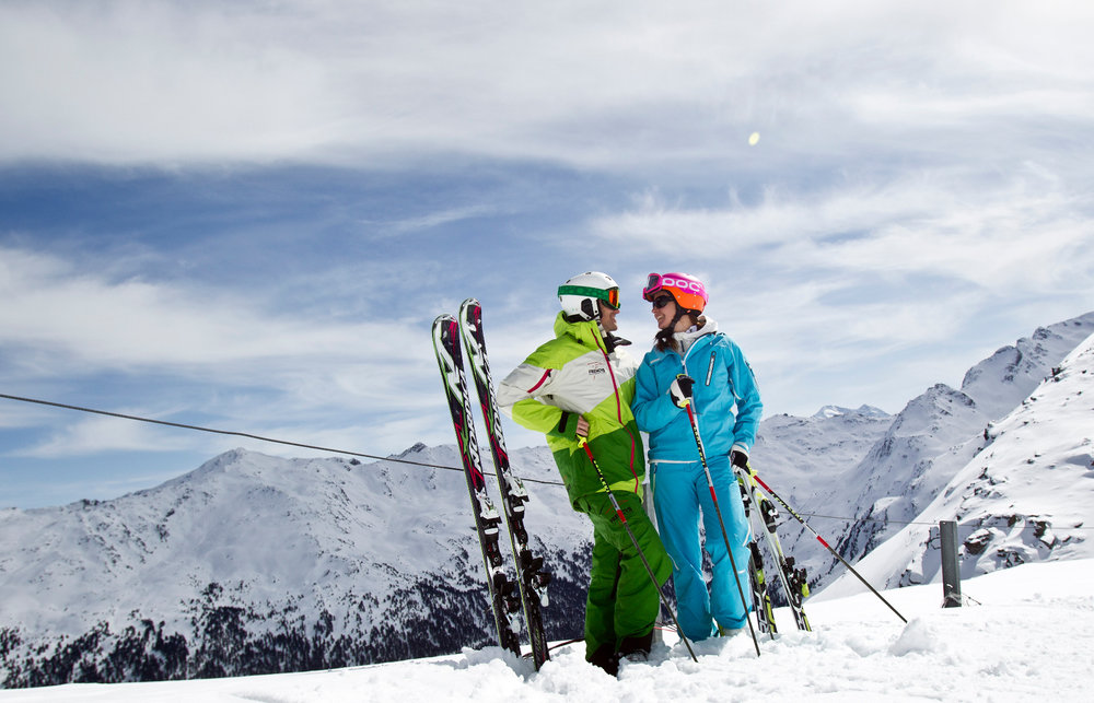 Beste Skifahrerlaune im Skigebiet Glungezer - © Tourismusverband Region Hall-Wattens