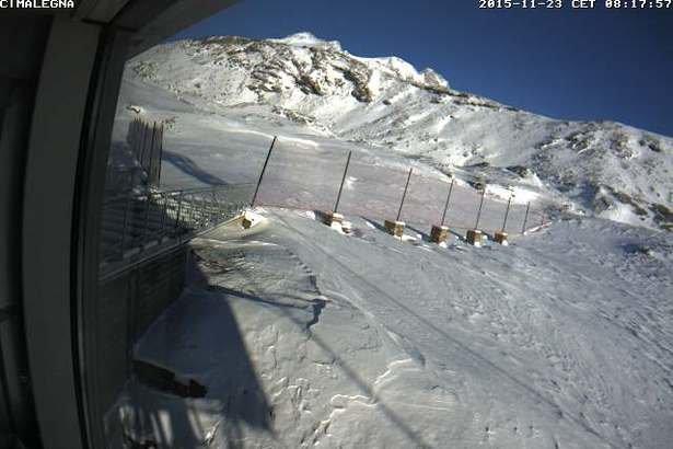 Alagna Valsesia, neve fresca 23.11.15 - © Alagna Valsesia webcam