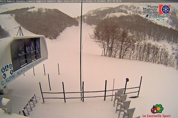 Ovindoli, neve fresca 23.11.15 - ©  webcam
