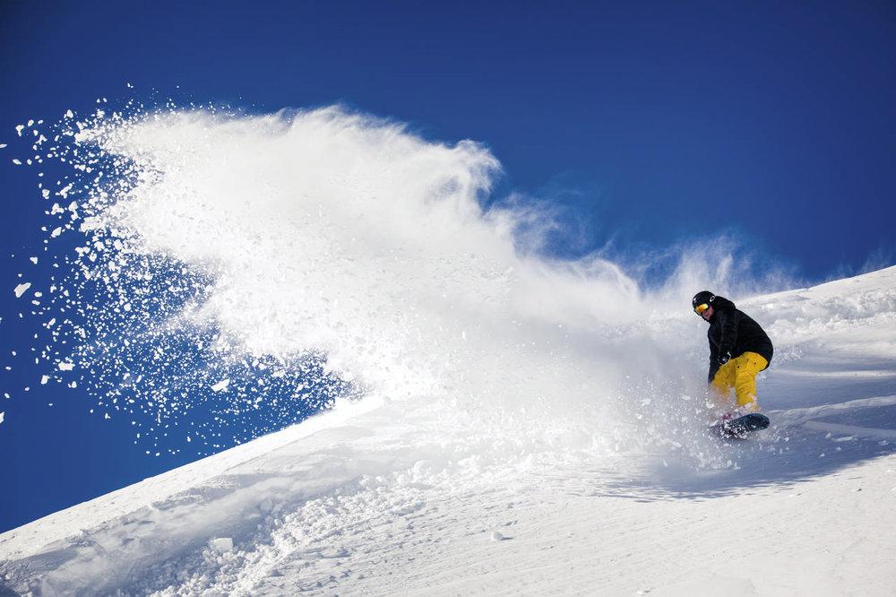 Snowboarder in Sölden - © Ötztal Tourismus