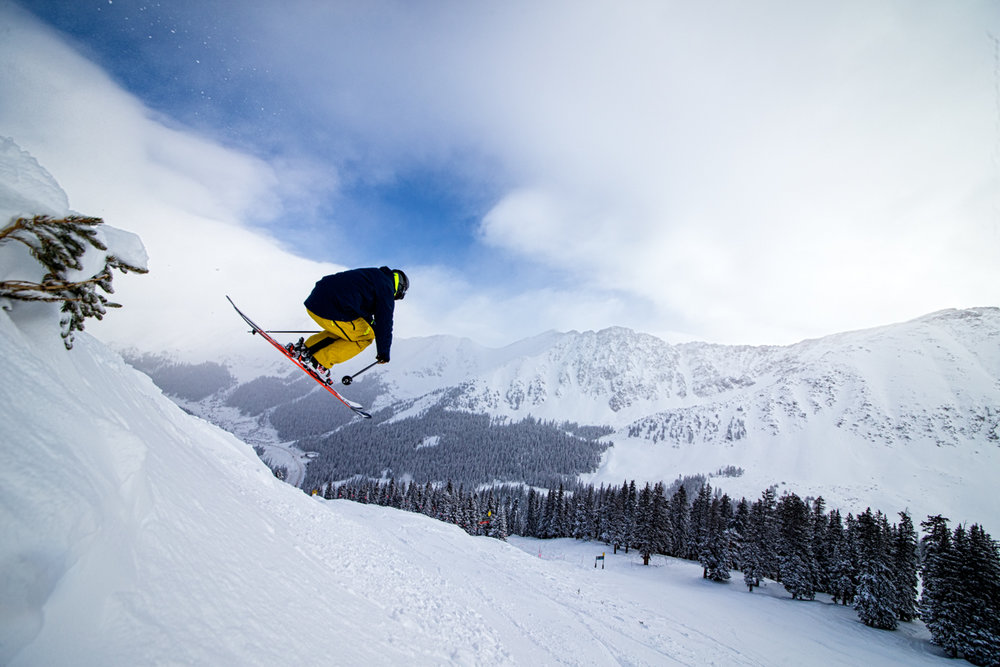 Skier Mike Maroney sending pre-Christmas wishes. - © Liam Doran