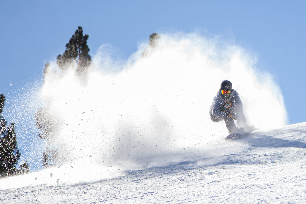 Snow Summit opened the 2015-16 season with a mix of machine-made and natural snow. - © Big Bear Mountain Resort