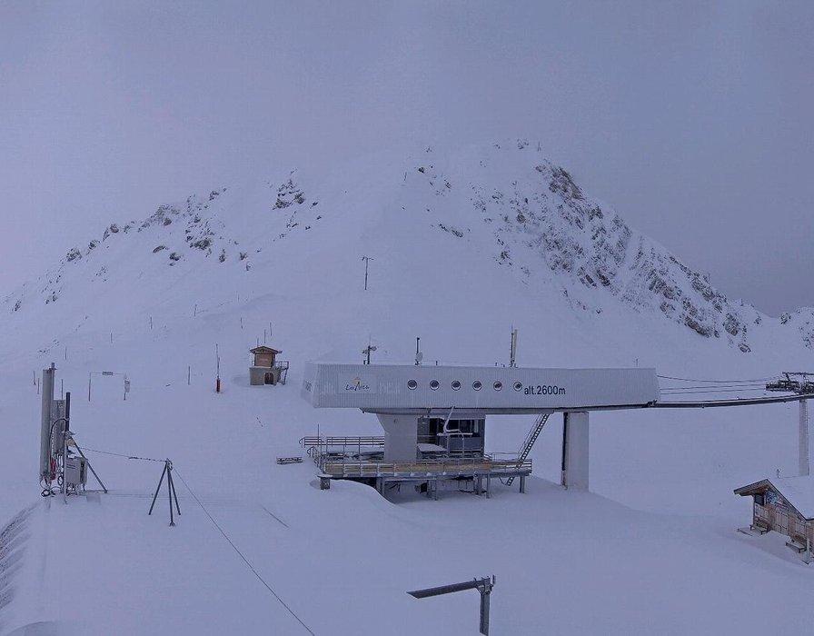 30 à 40 centimètres à 2600 mètres d'altitude sur le domaine skiable des arcs (21 nov 2015)