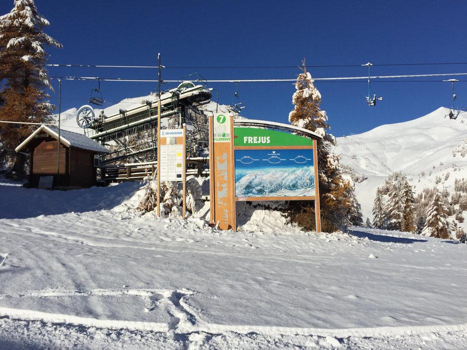 Belle chute de neige sur Serre-Chevalier en ce 29 octobre 2015 - © Serre Chevalier Domaine Skiable