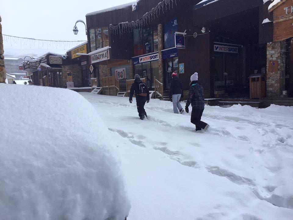 Le doux plaisir de marcher dans la neige, ce matin à Val Thorens - © Val Thorens