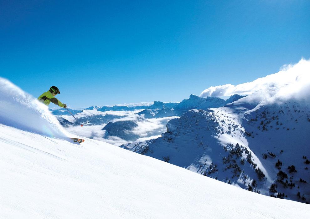 De grands espaces vierges, le paradis de tous les amateurs de ski hors-pistes... - © Hytte-Jouvin