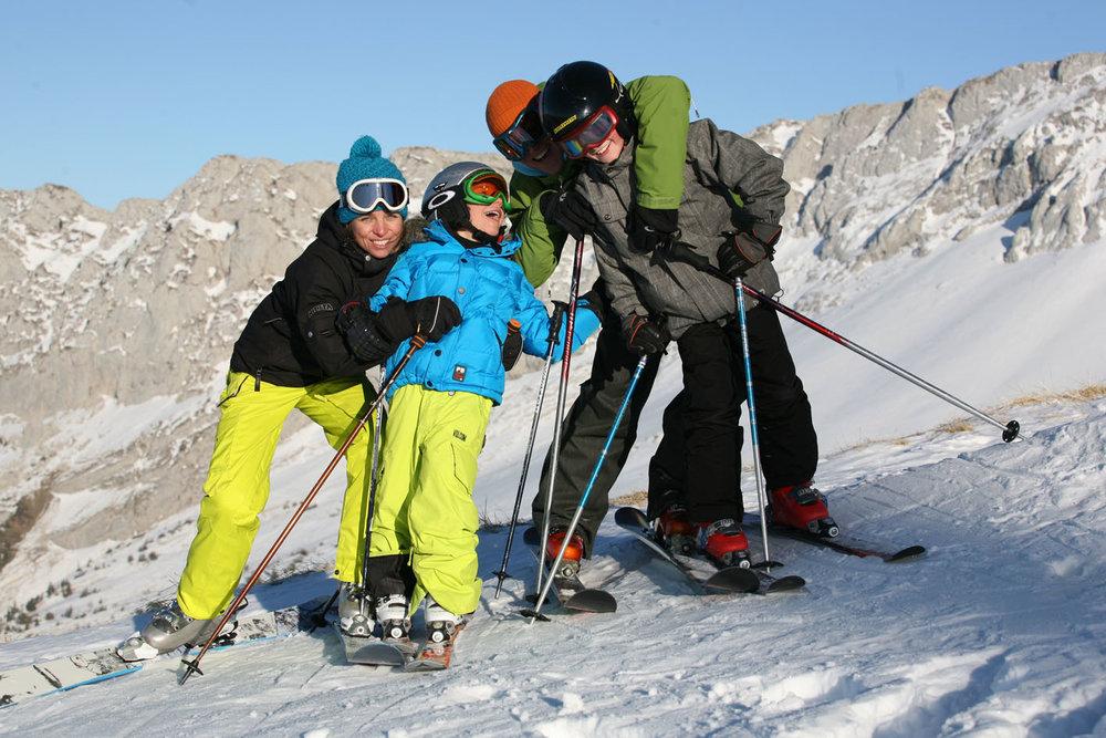 Ski en famille sur le domaine de Villard de Lans - © S. Charles