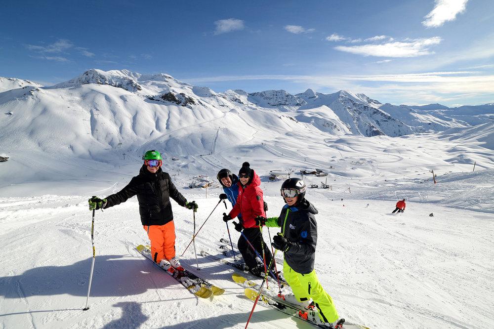 Ski en famille sur le domaine d'Orcières Merlette 1850 - © Gilles Baron