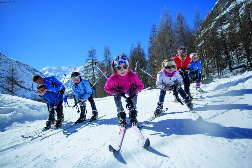 Sortie ski de fond en famille sur le domaine nordique de Bessans - © Daniel Durand / Fresh Influence