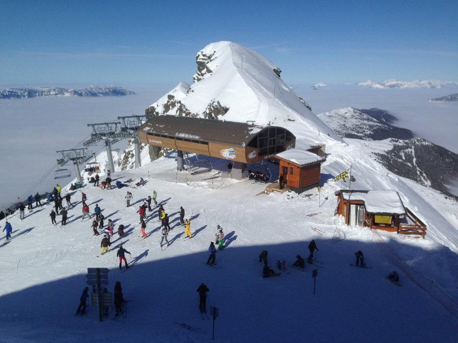 Sur le domaine skiable des 7 Laux - © Office de Tourisme des 7 Laux