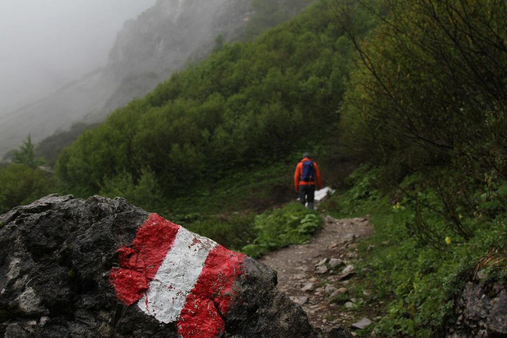Auf dem Weg zur Südwandhütte - leider bei schlechtem Wetter - ©Bergleben.de