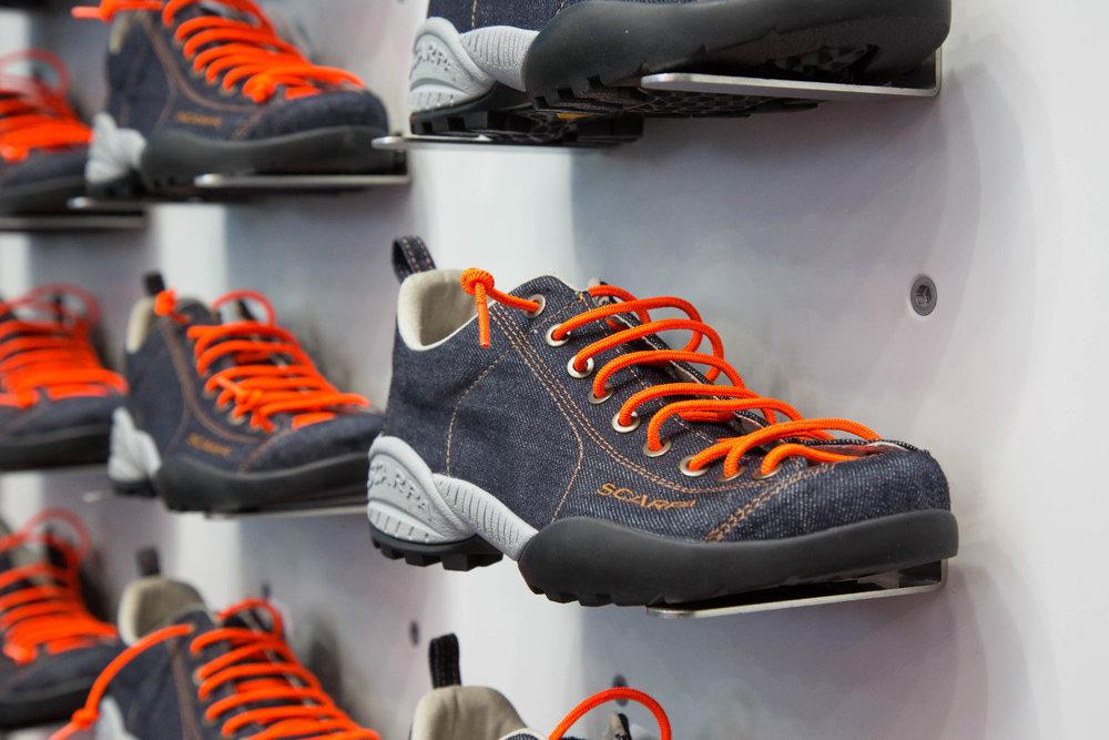 Lässiger Lifestyle-Schuh im Jeanslook bei Scarpa - ©Bergleben.de