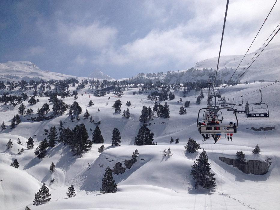 En route pour les pistes de ski de La Pierre St Martin - © Office de Tourisme – La Pierre Saint-Martin / Vallée de Barétous