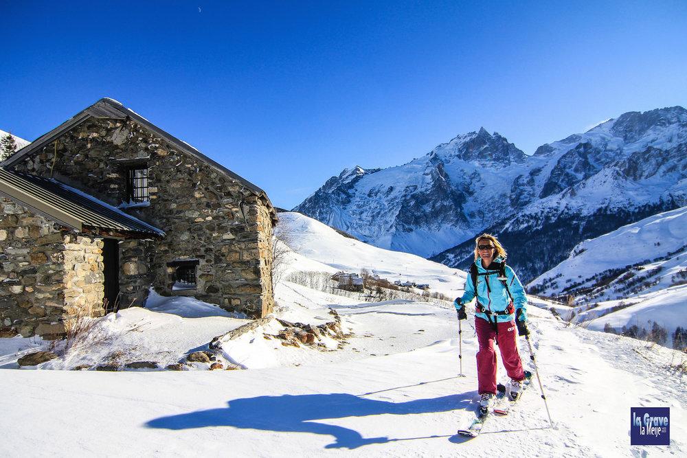 Session ski de rando sur les hauteurs de la Grave dans les Hautes-Alpes - © J. Josserand