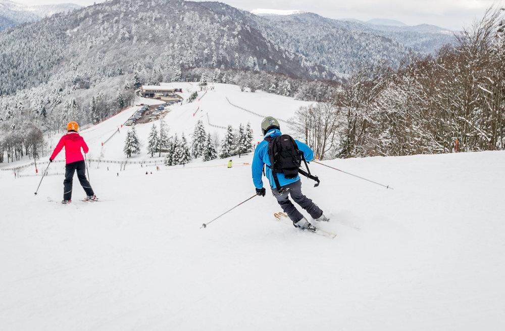 Ski en famille sur le domaine skiable de la Planche des Belles Filles - © Thomas-Devard