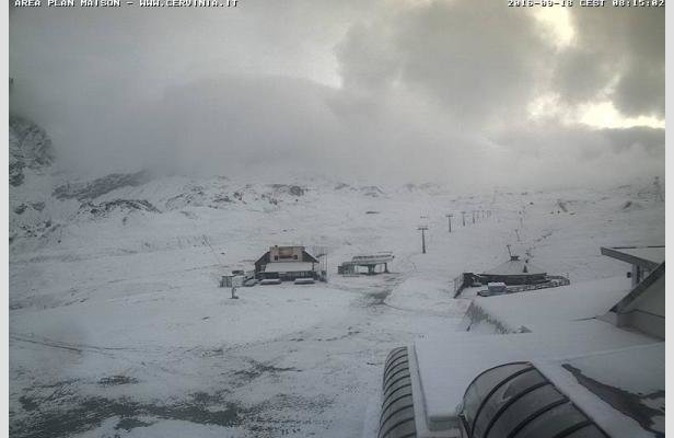 Cervinia, prima neve di settembre (18.09.16) - © Webcam Cervinia