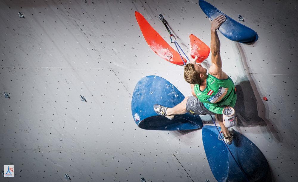 Starker Zweiter im Lead: Jakob Schubert (AUT) holte Silber - © FFME/Agence Kros - Remi Fabregue