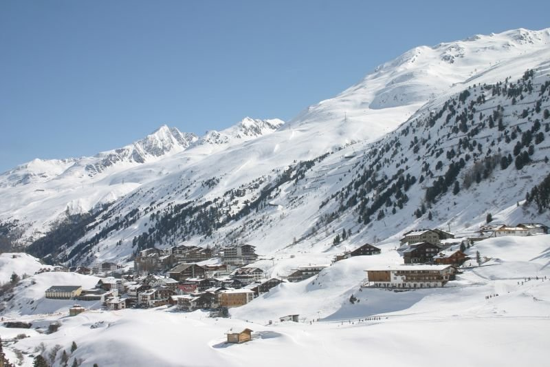 High-altitude Obergurgl-Hochgurgl never disappoints snow seekers - © Obergurgl Tourism