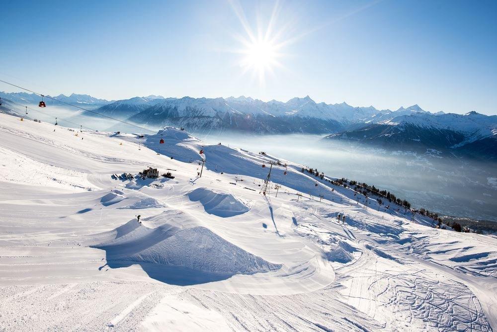 Sur le domaine skiable de Crans Montana - © Crans-Montana Tourisme & Congrès