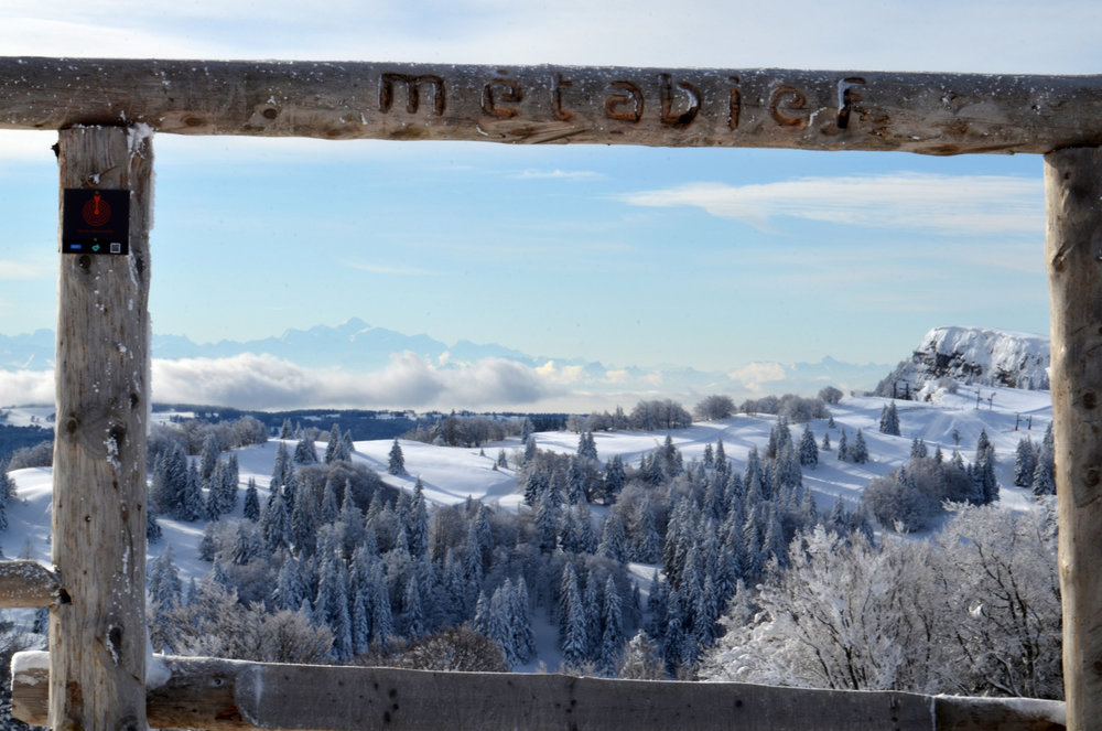 Panorama depuis le domaine skiable de Métabief - © Station de Métabief