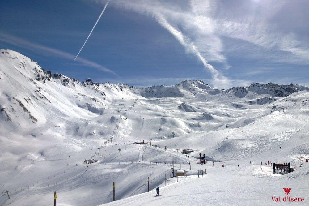 Grand ski et grand large sur les pistes de ski de Val d'Isère - © Office de tourisme de Val d'Isère