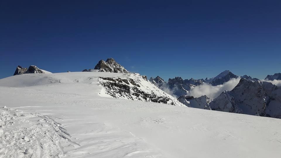 Preparing the pistes in Les 2 Alpes 18.10.16 - © Pisteurs Secouristes Les 2 Alpes