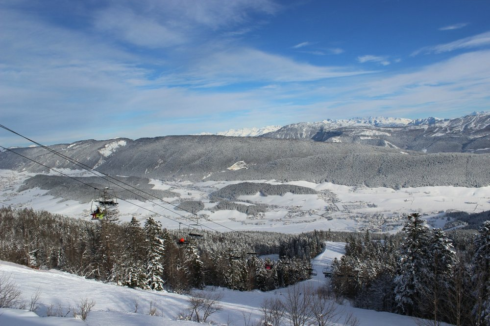 En route pour les pistes de ski de Méaudre via le télésiège du Gonçon - © Office de Tourisme de Méaudre / Marion Cottaz