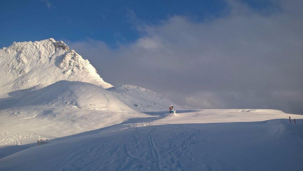 Ein schneereiches Bergpanorama erwartet euch am Mölltaler Gletscher  - © Mölltaler Gletscher