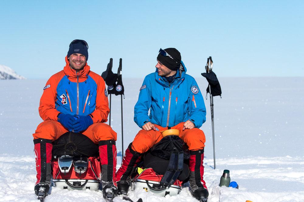 Norexplore vil gjerne motivere deg til å komme ut på både små og større turer i naturen. Her er de på Svalbard.  - © Tor Berge - Norexplore