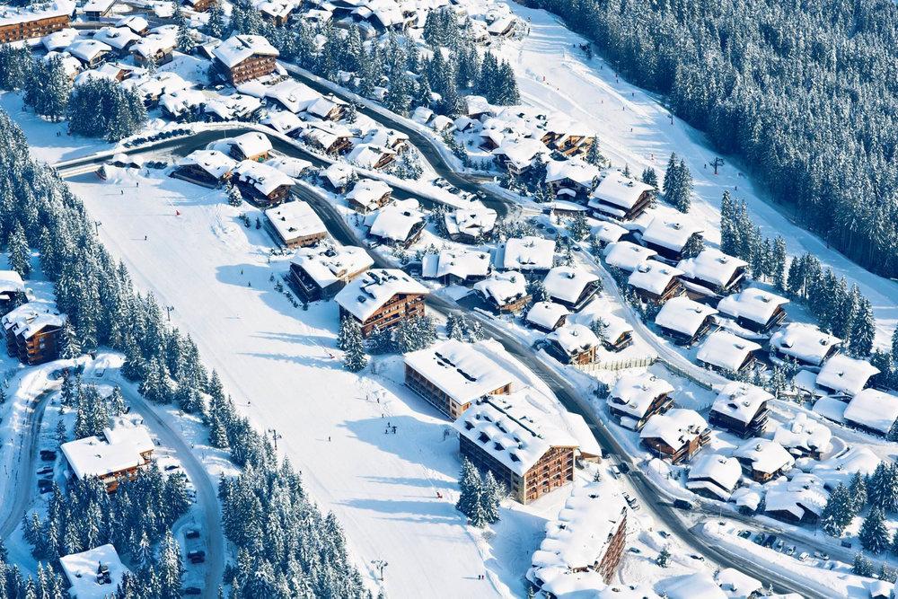Vue aérienne de la station de ski de Courchevel - © OT de Courchevel