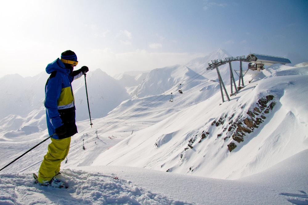Prêts à venir tester la nouvelle piste 007 de Peyragudes ? - © Confédération Pyrénéenne du Tourisme