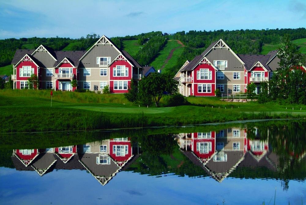 Course-side cottages at Blue Mtn ONT.