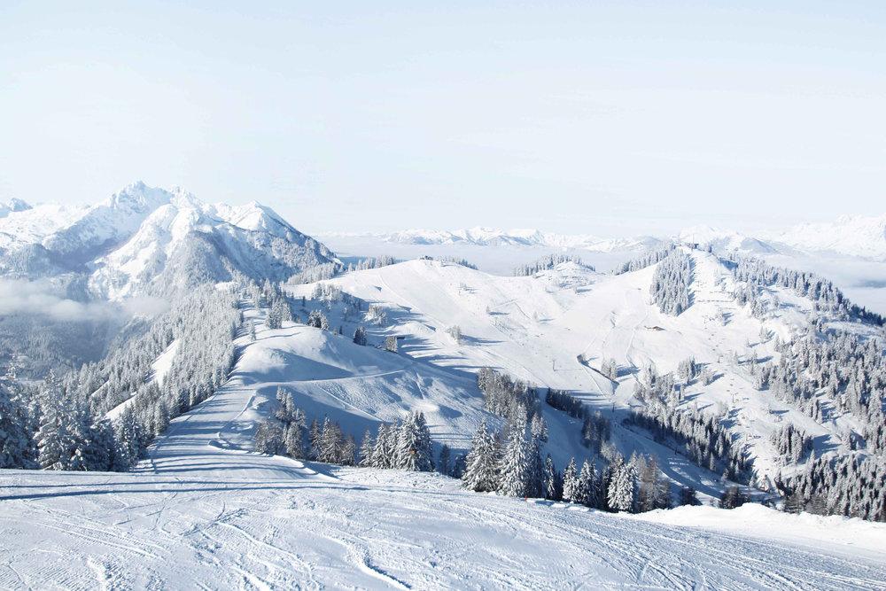 Blick auf Hirschkogel und Gernkogel - © Bergbahnen Alpendorf