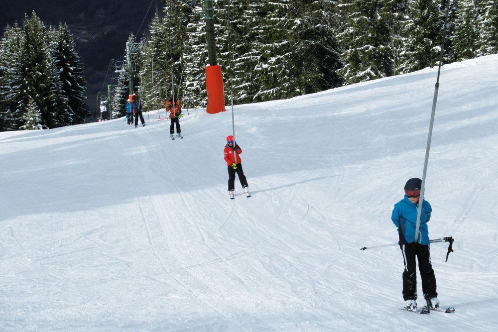 Belle journée de ski en perspective sur le domaine skiable de Mont Saxonnex