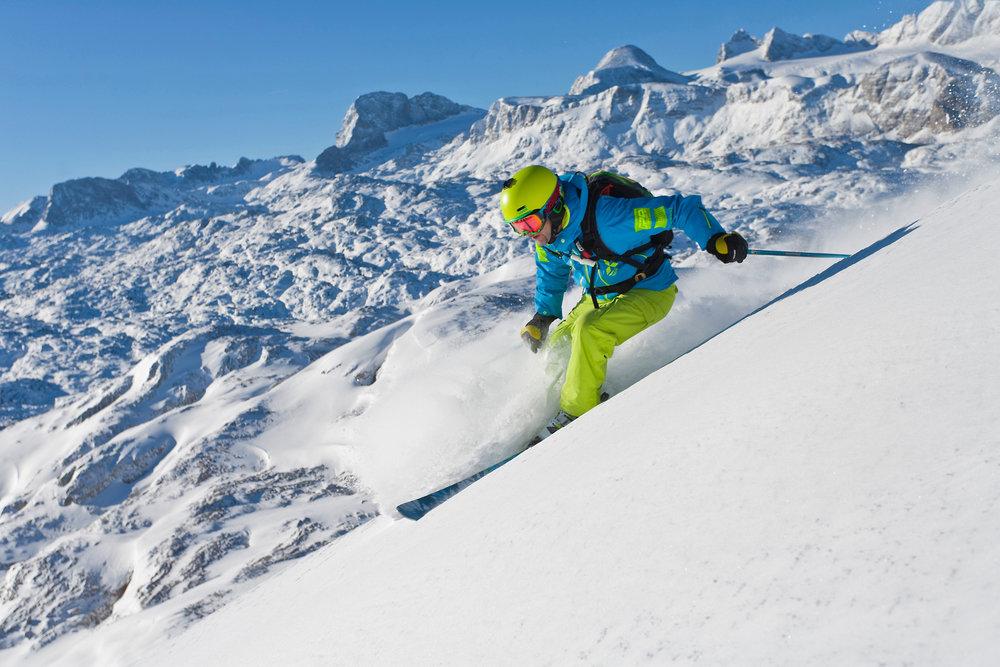 Skifahrer im Skigebiet Dachstein Krippenstein - © GPO SkiYdreamPictures