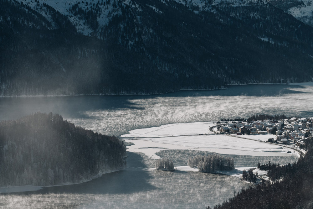 - © Engadin St. Moritz Tourismus AG/Fabian Gattlen