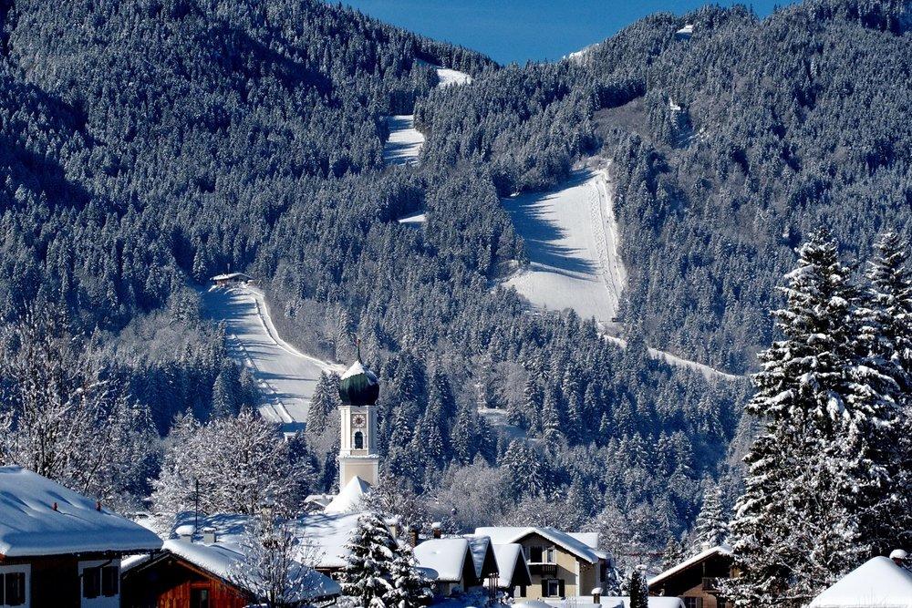 Skigebiet am Kolben - © Ammergauer Alpen GmbH, Gemeinde  Oberammergau. Foto: Matthias Fend