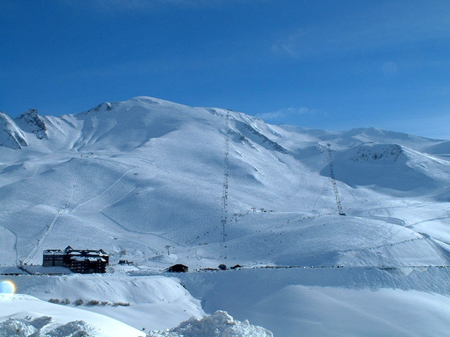Scenic view of slopes at Peyragudes, France
