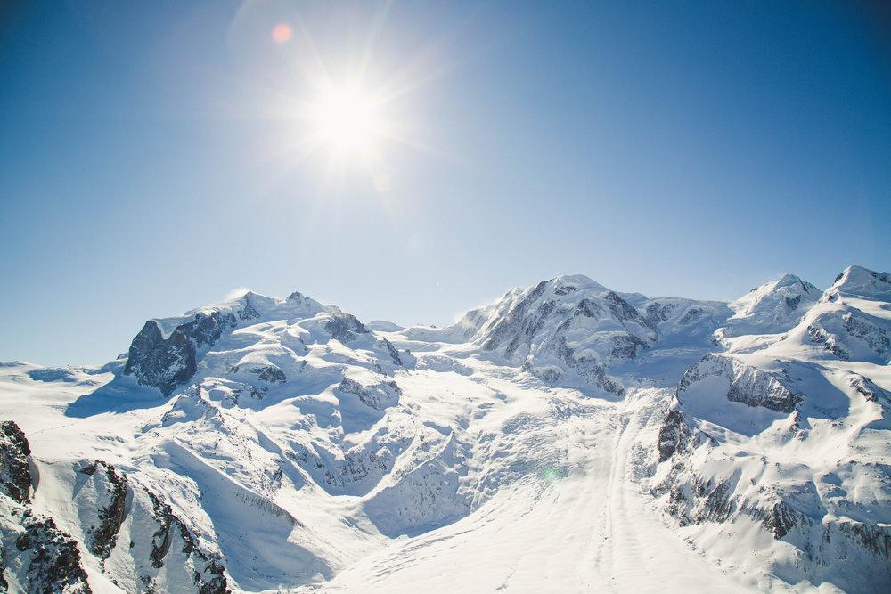 Strahlendes Wetter in Zermatt (März 2019) - © Skiinfo | Sebastian Lindemeyer