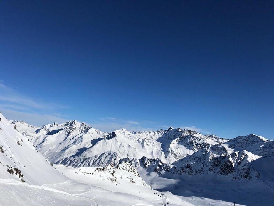 Tolles Winterpanorama am Kaunertaler Gletscher - © Kaunertaler Gletscher