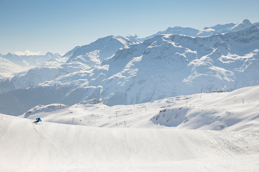 Skifahren im Skigebiet Corviglia-Marguns-Piz Nair - © Filip Zuan