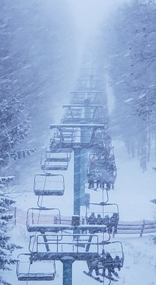 Holiday Valley - Powder, powder, powder playground.... finally! Most slopes have an ice base but there is so much snow from today you barely notice it. - © Eric Laughery